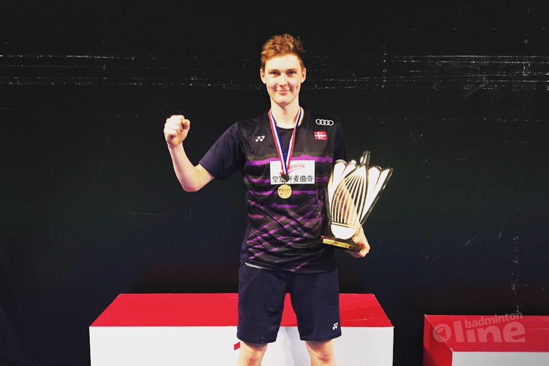 2016 a year to remember for Viktor Axelsen via Badminton Europe